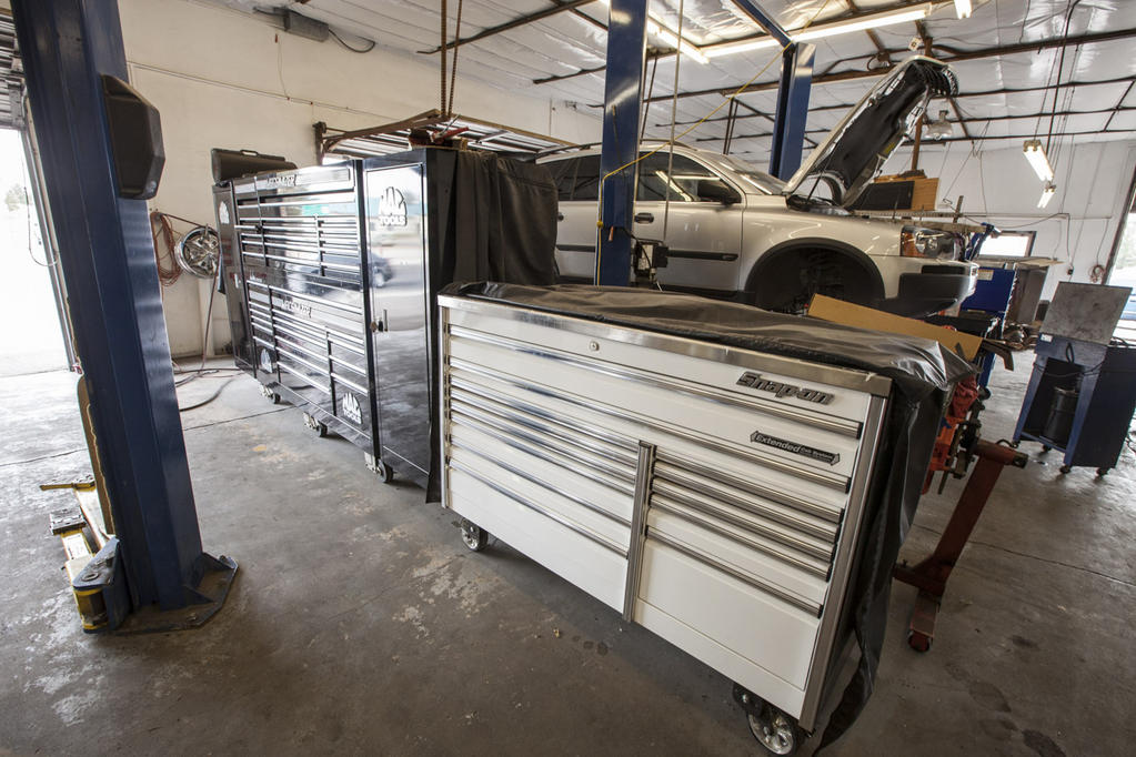 Toolbox and car lift